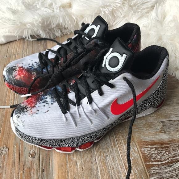 Boys Nike KD shoes size 6.5Y